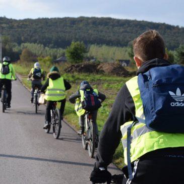 Aktywna młodzież w trasie