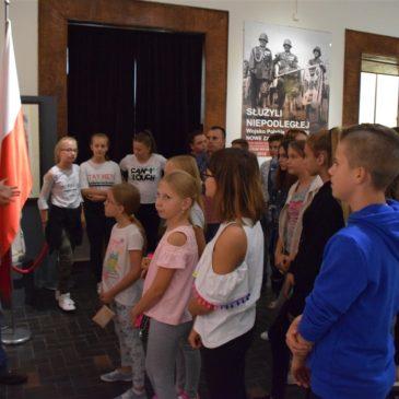 """""""Młodzi patrioci"""" w Warszawie"""